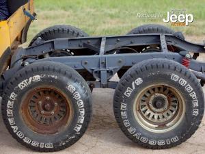 v8-6x6-jeep